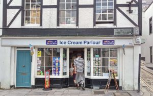 blue-glacier-ice-cream-parlour-plymouth-barbican-waterfront-uk