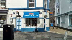 rnli-lifeboat-charity-gift-shop-plymouth-barbican-waterfront
